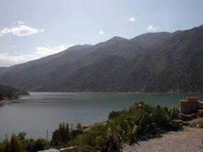 lac de ouirgane en mai