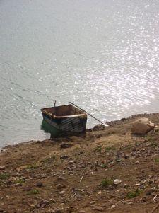 le bateau du pêcheur du lac