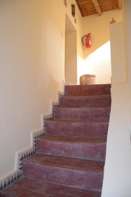 Ryad Tassoukte escalier vers 1er etage - 12 2018