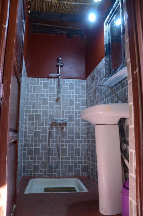 Ryad Tassoukte salle de bain 2 - 12 2018